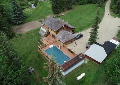 Rural Dawson Creek Family Dream Home - 17055 Hwy 52 East,
