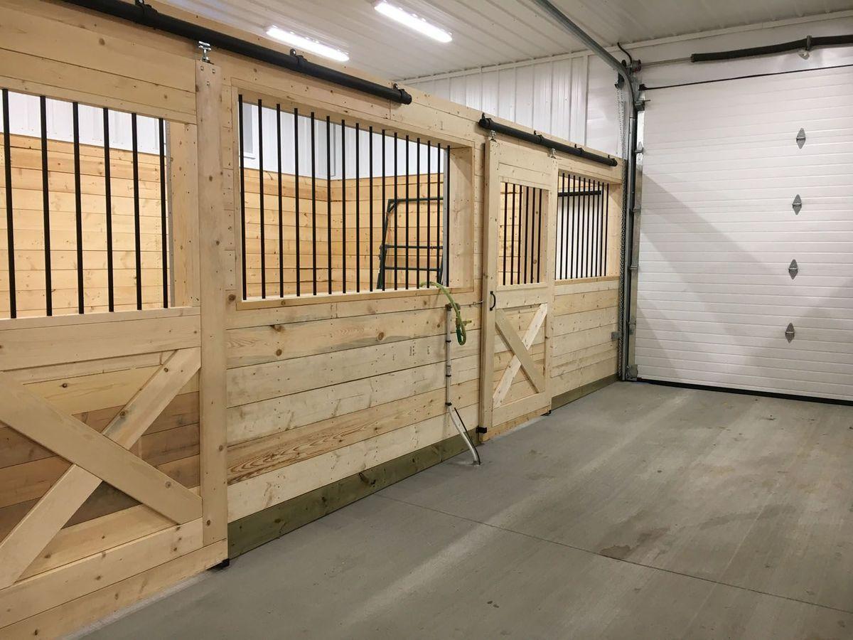 wood-indoors-noperson-empty