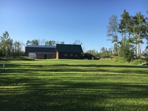 barn-grass-landscape-farm