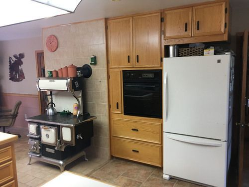 stove-oven-family-refrigerator